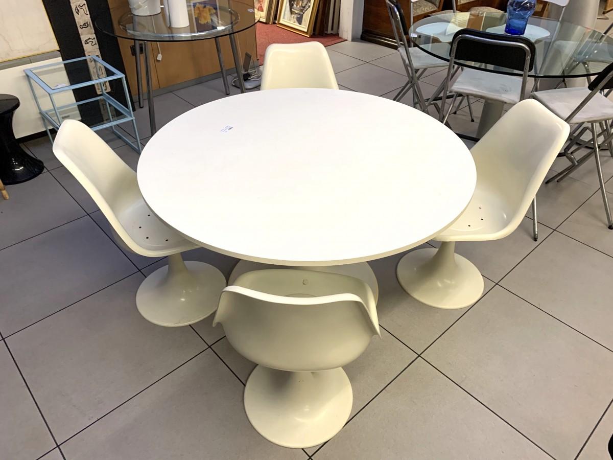 "Tavolo + 4 sedie tulip resina beige design ""IVM PLAY ..."